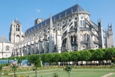 Cathedrale_Bourges2-900-450