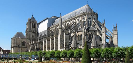 Cathédrale de Bourges : Un anniversaire monumental !